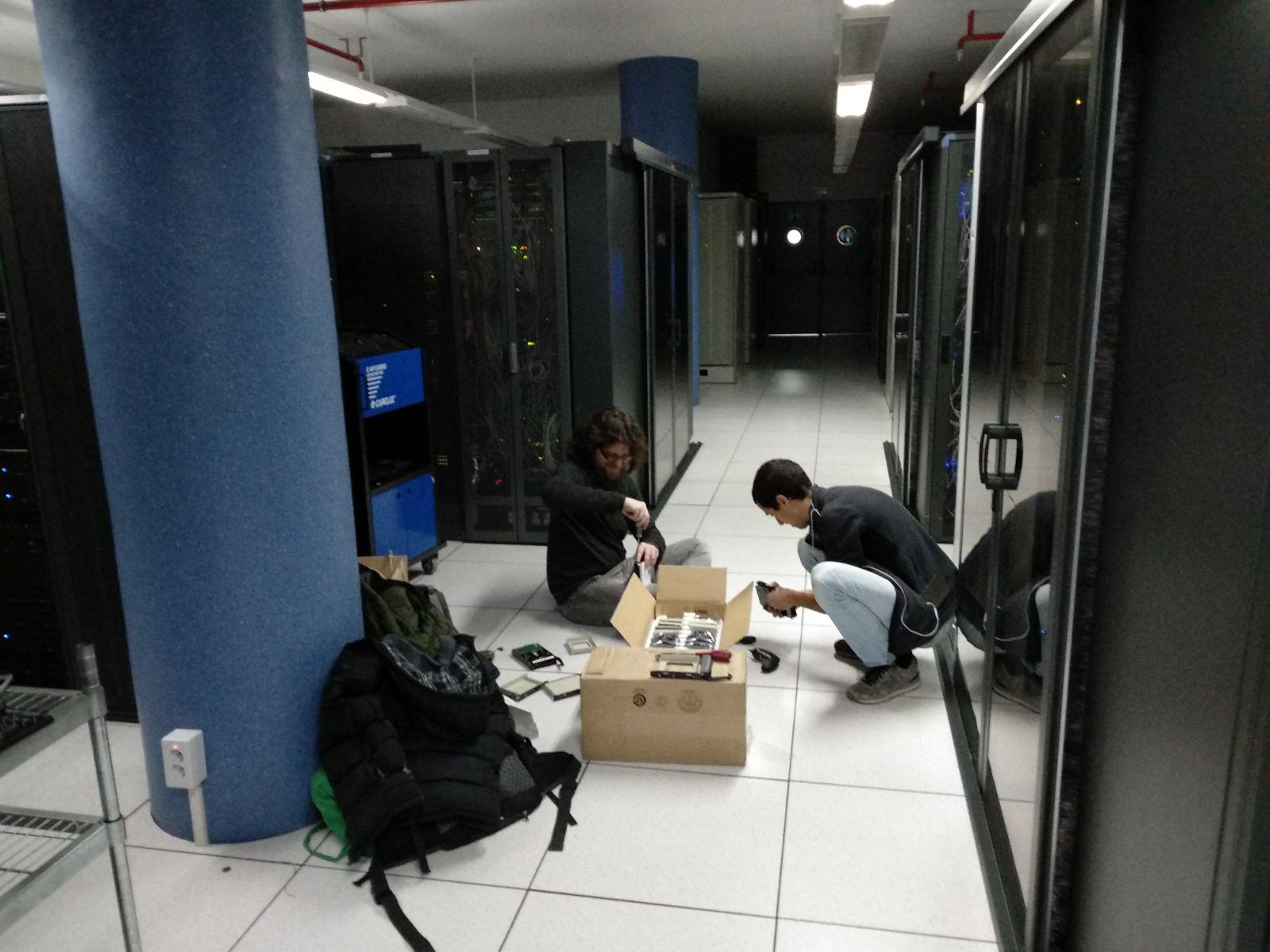 Vortex computer cluster